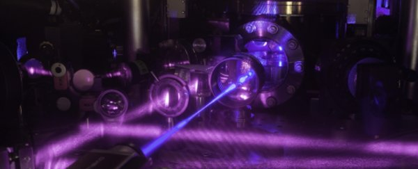 New 3D quantum gas atomic clock keeps the most precise time ever