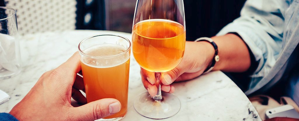 In a Major Warning, Top US Cancer Doctors Are Asking People to Drink Less Alcohol