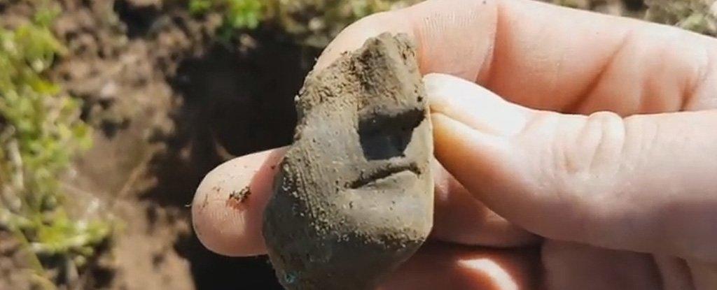 Amateur Metal Detectorist Finds Incredible Ancient Roman Treasure Hoard in The UK