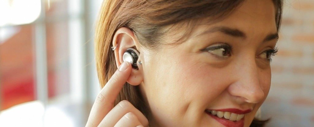 These Wireless Earbuds Let You Control Which Outside Sounds to Block