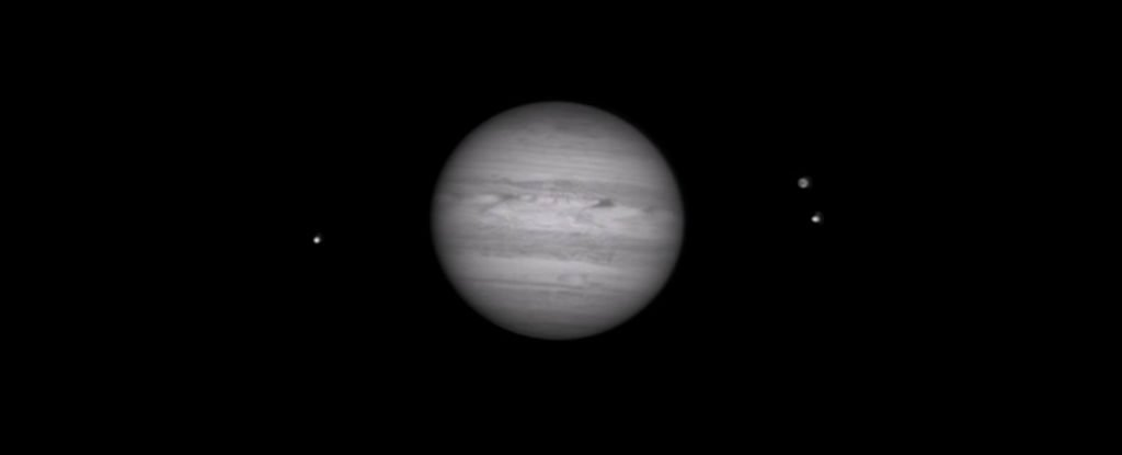 How Amateur Astronomers Used Backyard Telescopes to Film Jupiter's Collision With a Space Rock