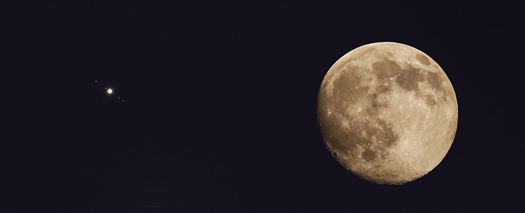 A lunar eclipse is coinciding with a super-bright Jupiter ...
