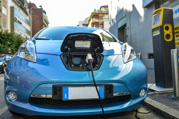 New technology could power battery free electric cars for Electric motors for cars for sale