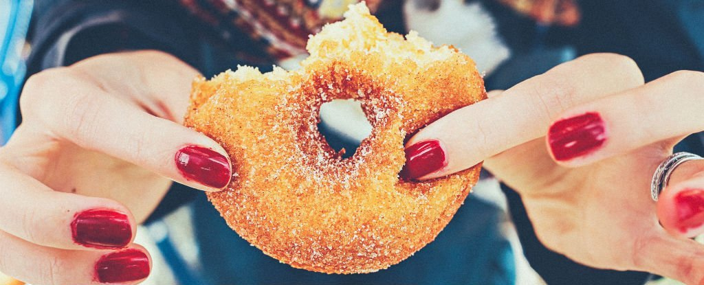 Sugar Has a Stronger Effect on Our Brains Than We Even Realised, Study Finds