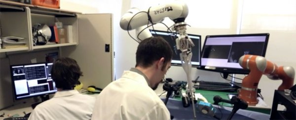 This new surgical robot just outperformed human surgeons