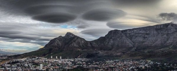 These spectacular clouds over Cape Town aren't UFOs, but they are out of this world