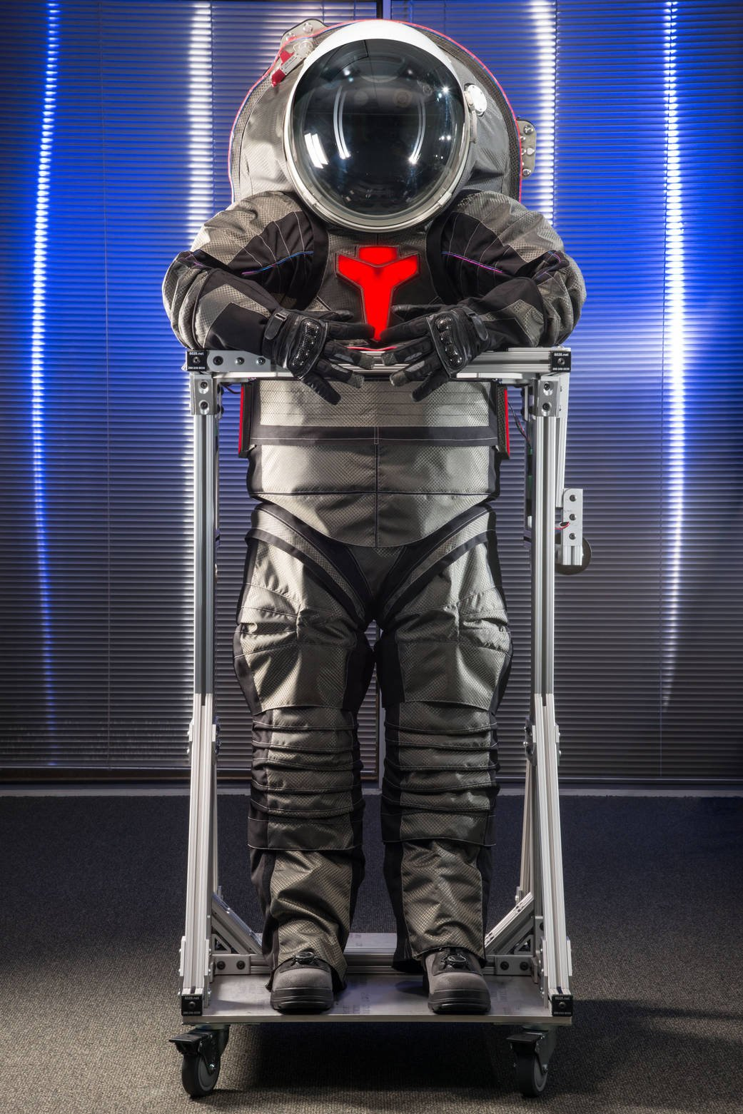 NASA's Released a Prototype of The Spacesuit Astronauts ...